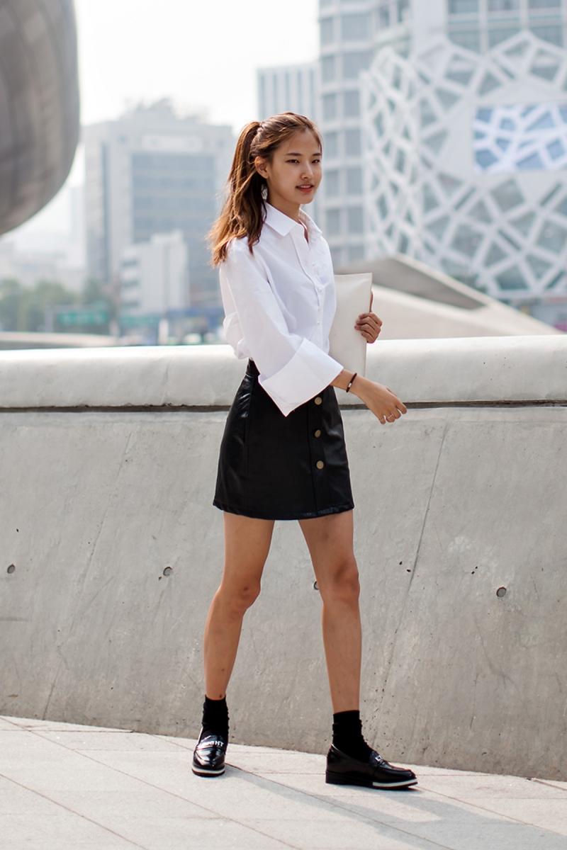 On the street… Hwang Hyunju Seoul fashion week 2016 SS