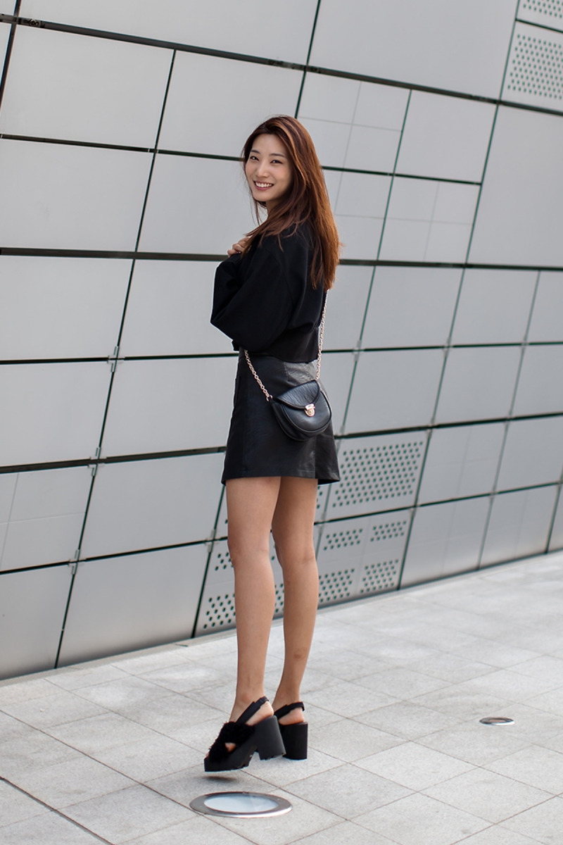 On the street… Lee Hyunji Seoul fashion week 2016 SS