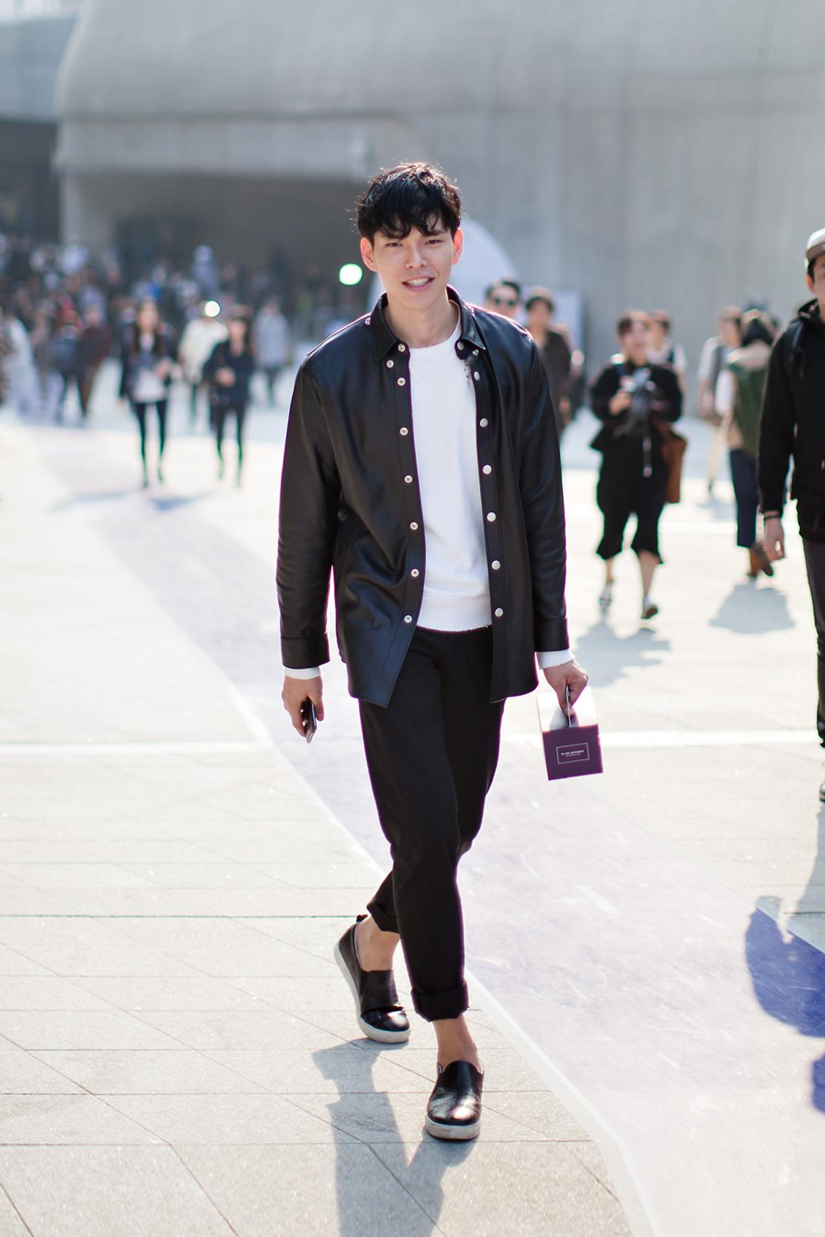 On The Street Han Seungsoo Seoul Fashion Week 2016 S S Cheveau