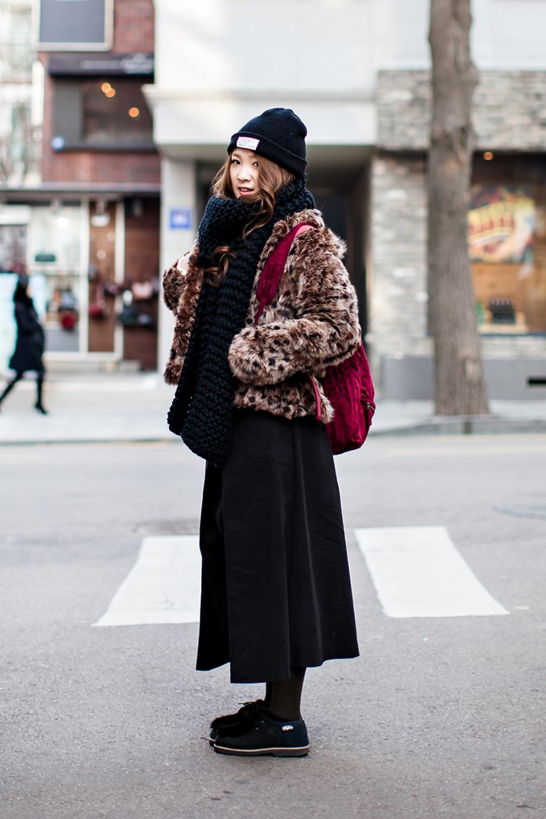 On the street… Hitomi Sato Seoul.jpg