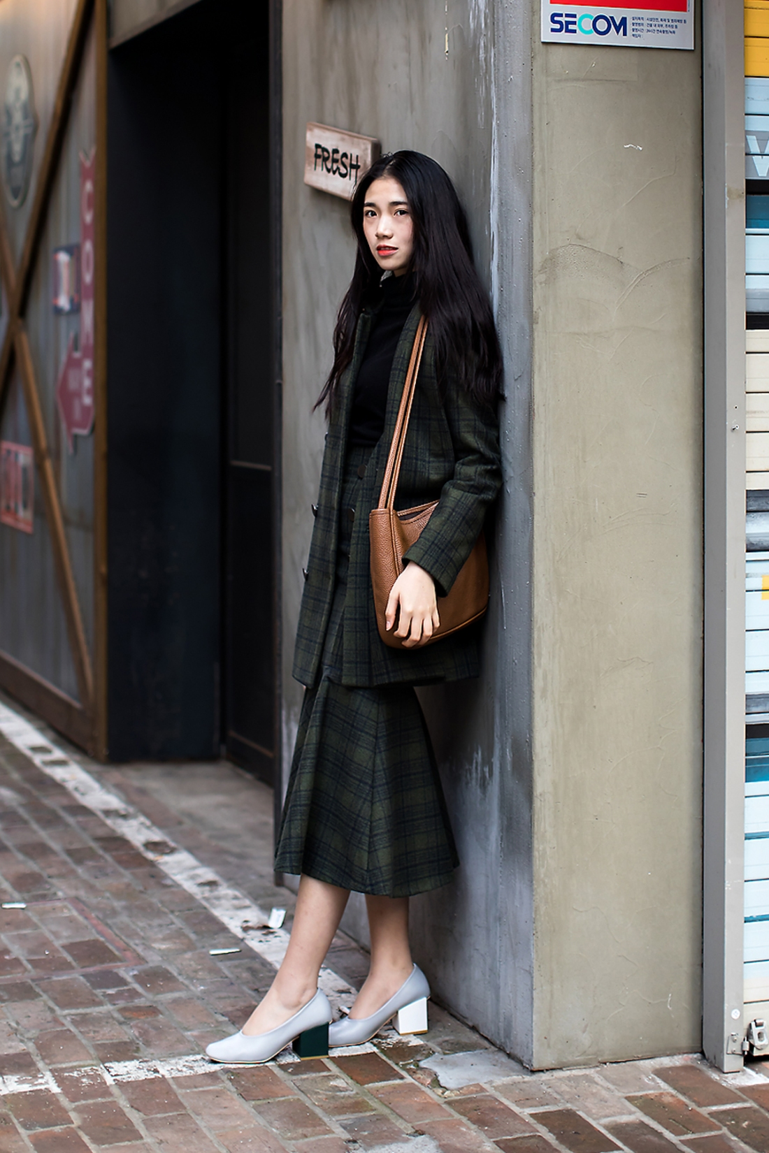 hujingyi-street-fashion-2017-in-seoul