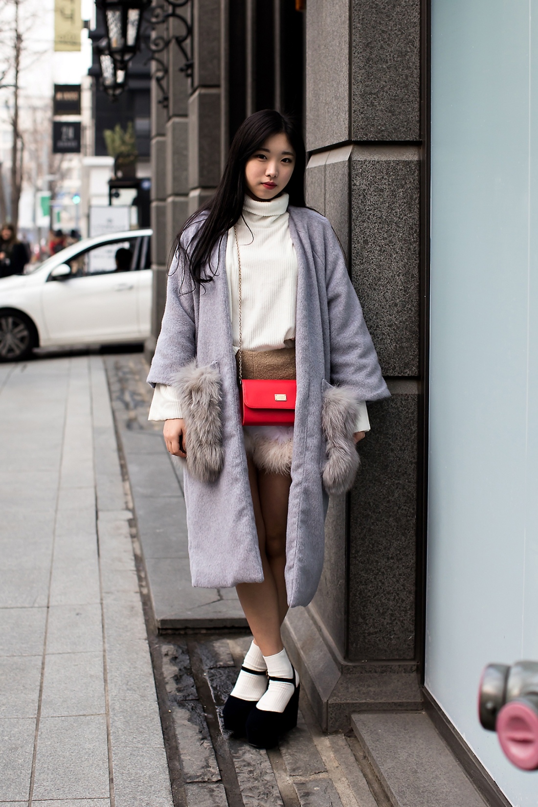 Sara, Street Fashion 2017 in SEOUL.jpg