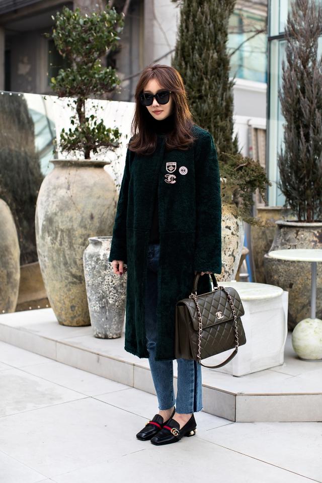 Cho Hyewon, Street Fashion 2017 in SEOUL.jpg