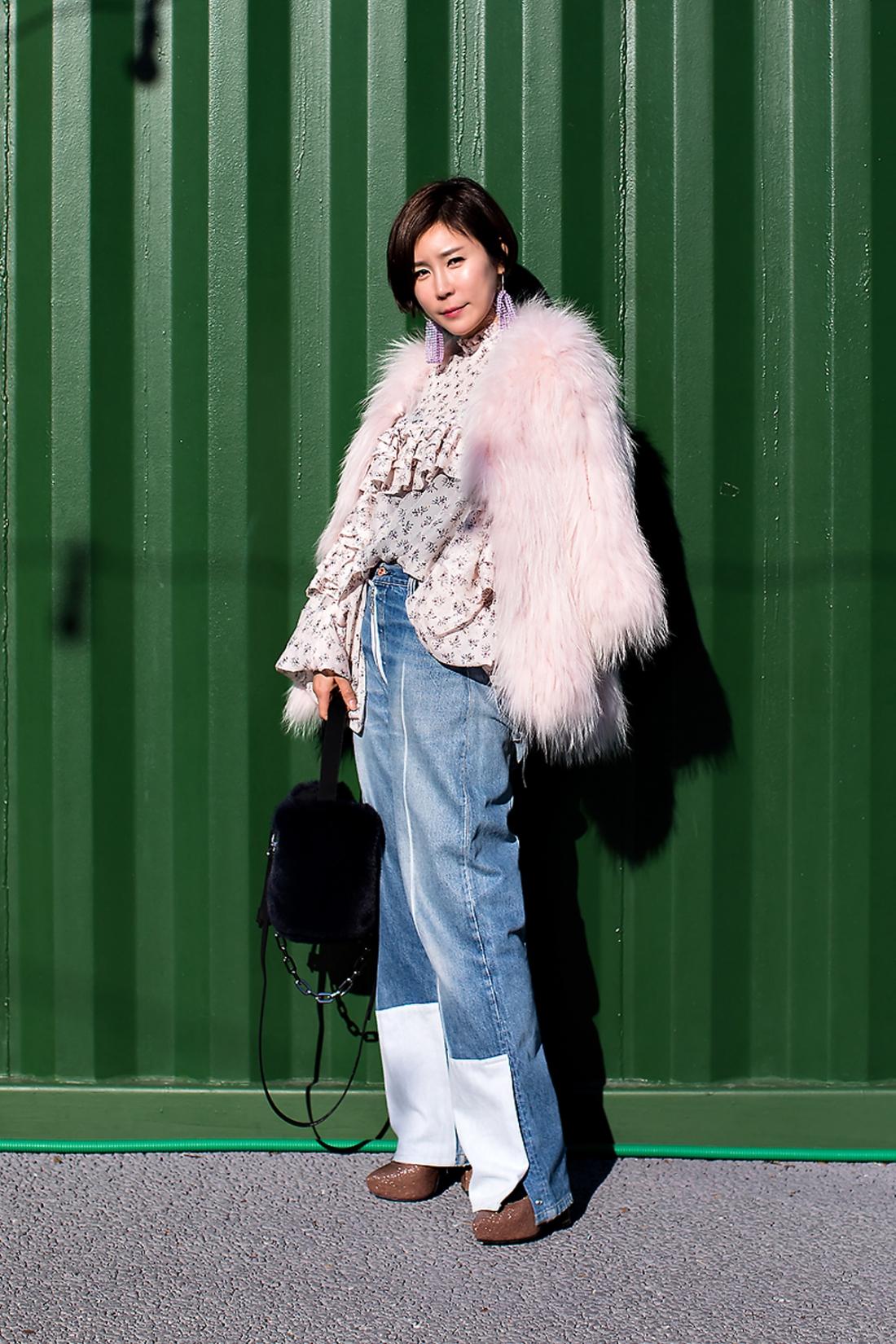 Lee Juhee, Street Fashion 2017 in SEOUL.jpg