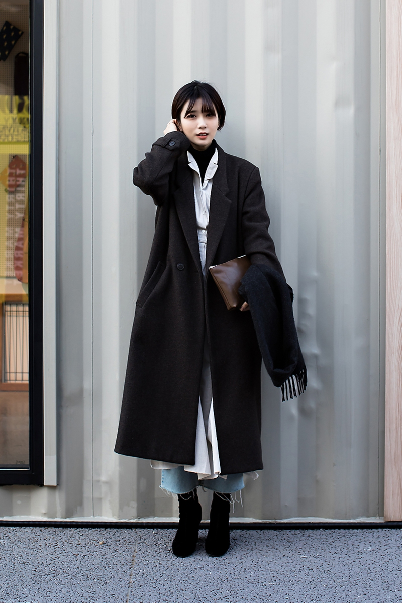 Lee Juyoung, Street Fashion 2017 in SEOUL.jpg