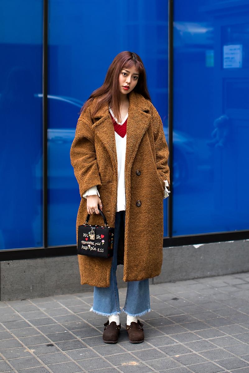 Lee Sooji, Street Fashion 2017 in SEOUL.jpg