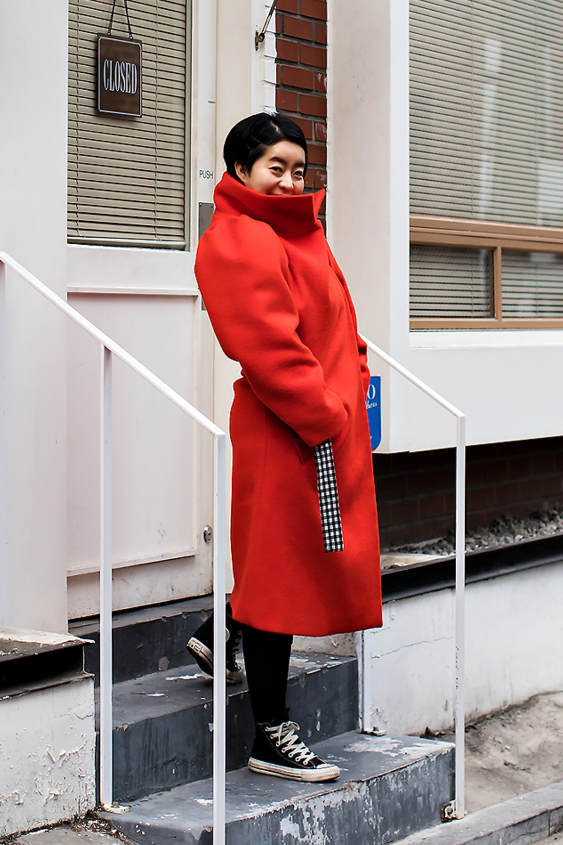 Mo Jihyun, Street Fashion 2017 in SEOUL.jpg