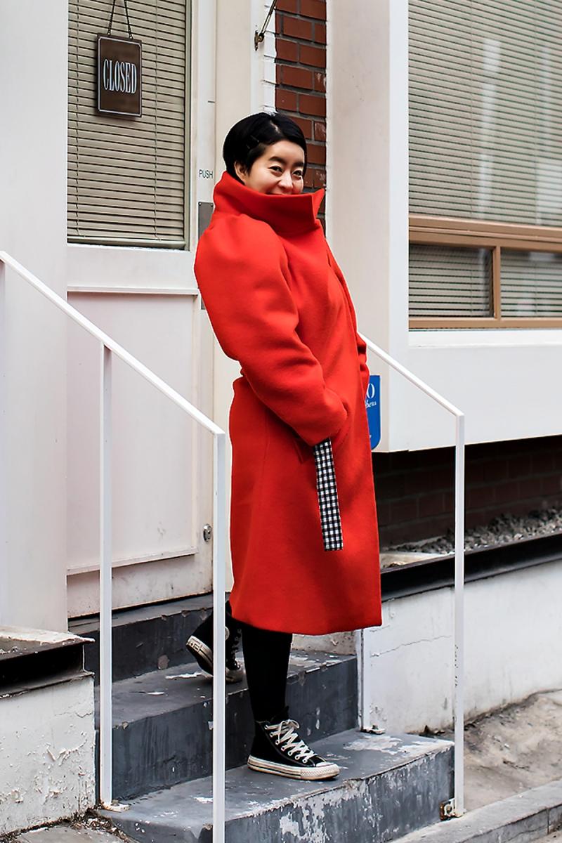 Mo Jihyun, Street Fashion 2017 in SEOUL.jpg