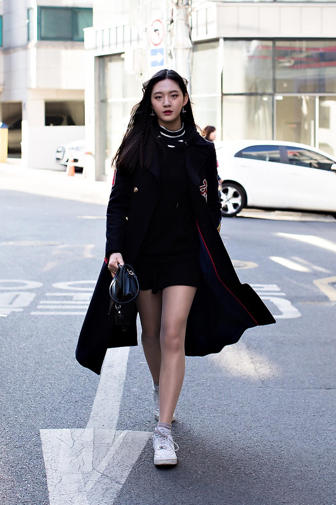 Oh Yoonseo, Street Fashion 2017 in SEOUL.jpg