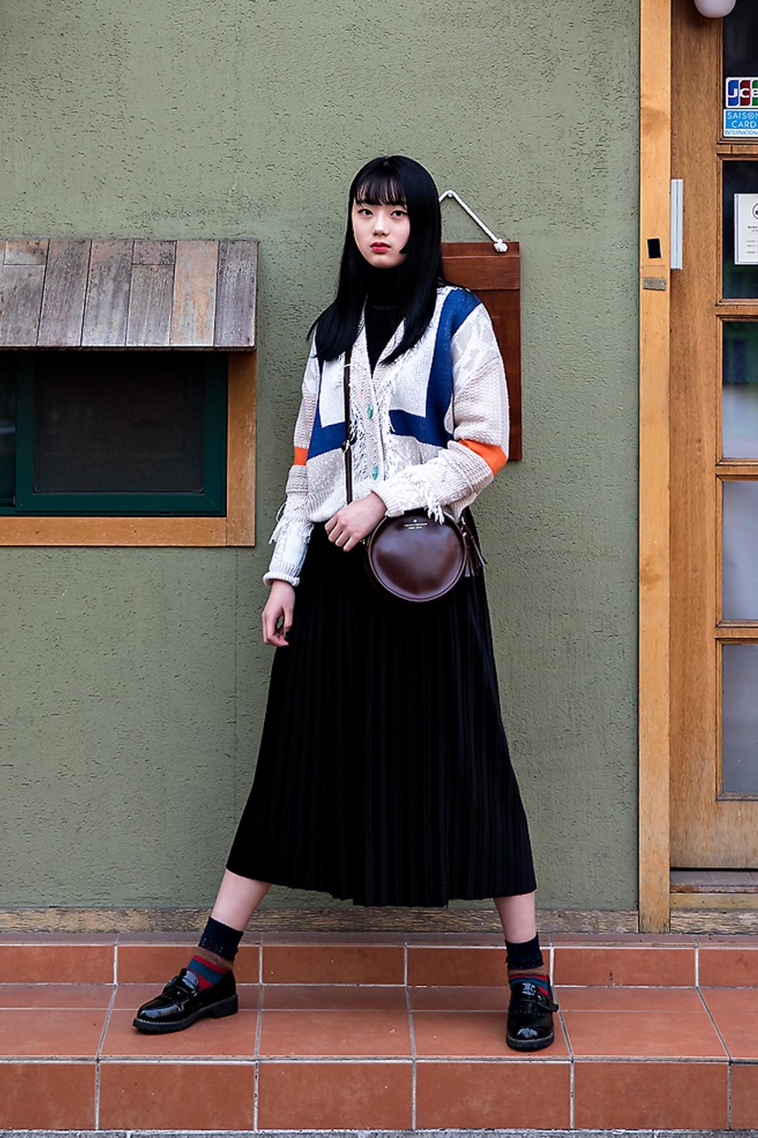 Jung Jiin, Street Fashion 2017 in SEOUL.jpg
