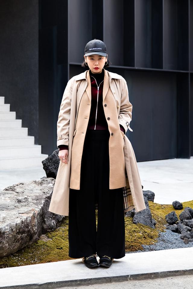 Kim Eunbi, Street Fashion 2017 in SEOUL.jpg