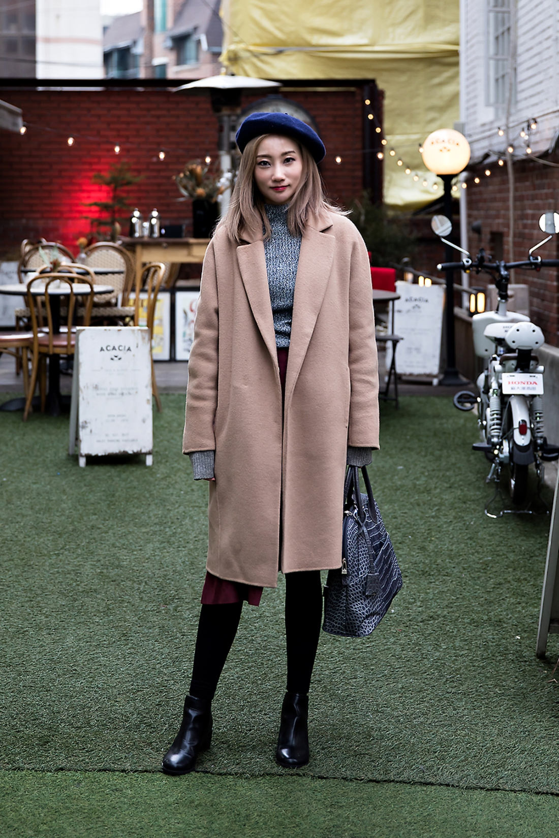 Kim Eunsung, Street Fashion 2017 in SEOUL.jpg