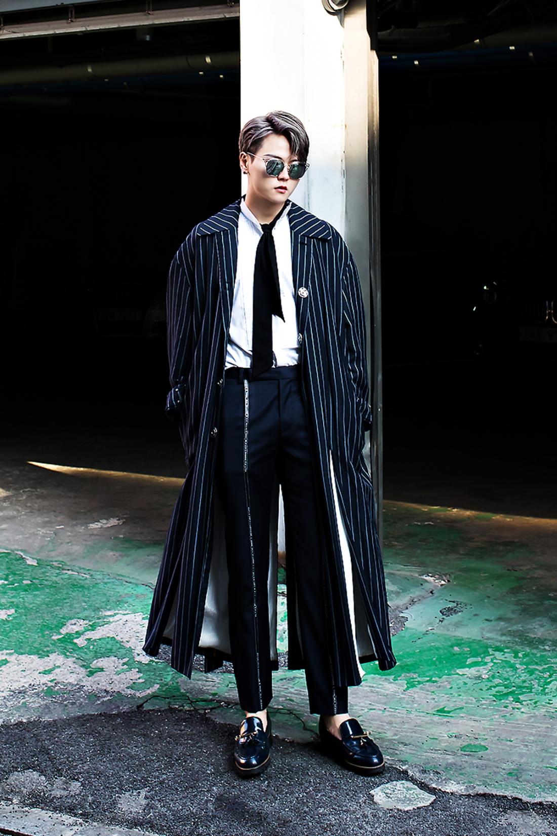 Lee Chun, Street Fashion 2017 in SEOUL.jpg