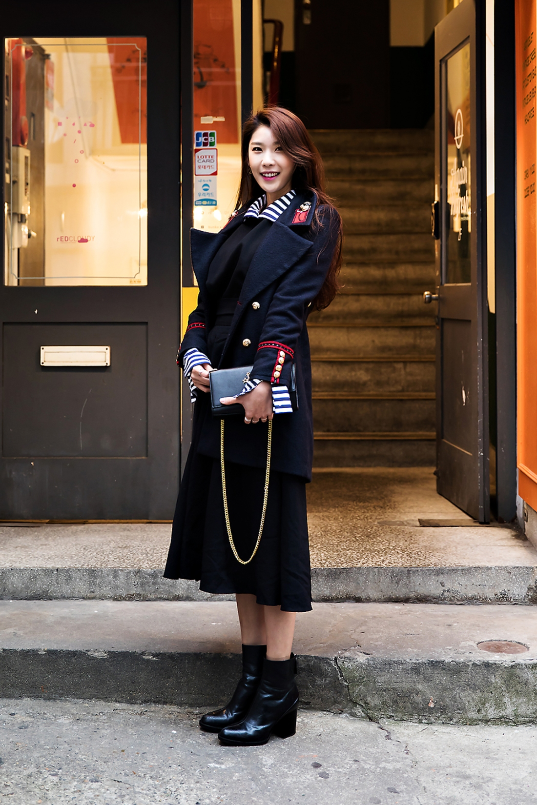 Lee Kyungyoung, Street Fashion 2017 in SEOUL.jpg