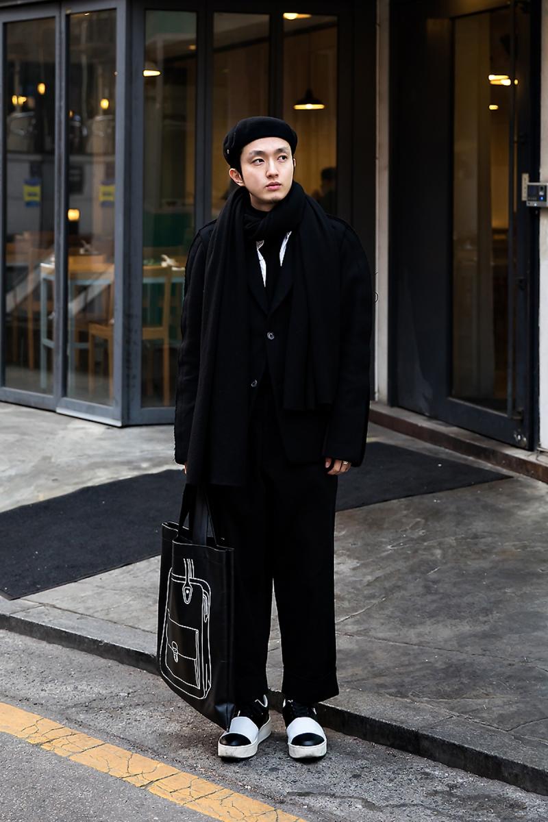 Moon Juyoung, Street Fashion 2017 in SEOUL.jpg