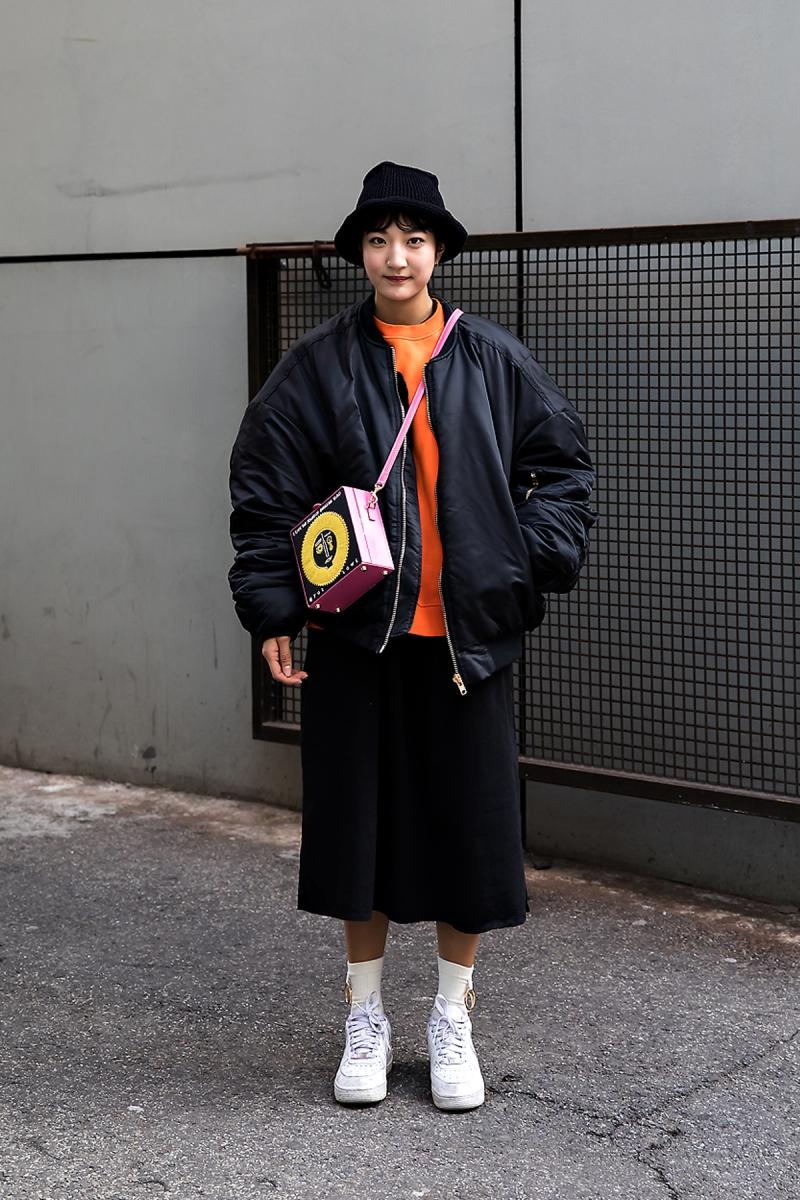 Sim Kyuri, Street Fashion 2017 in SEOUL.jpg