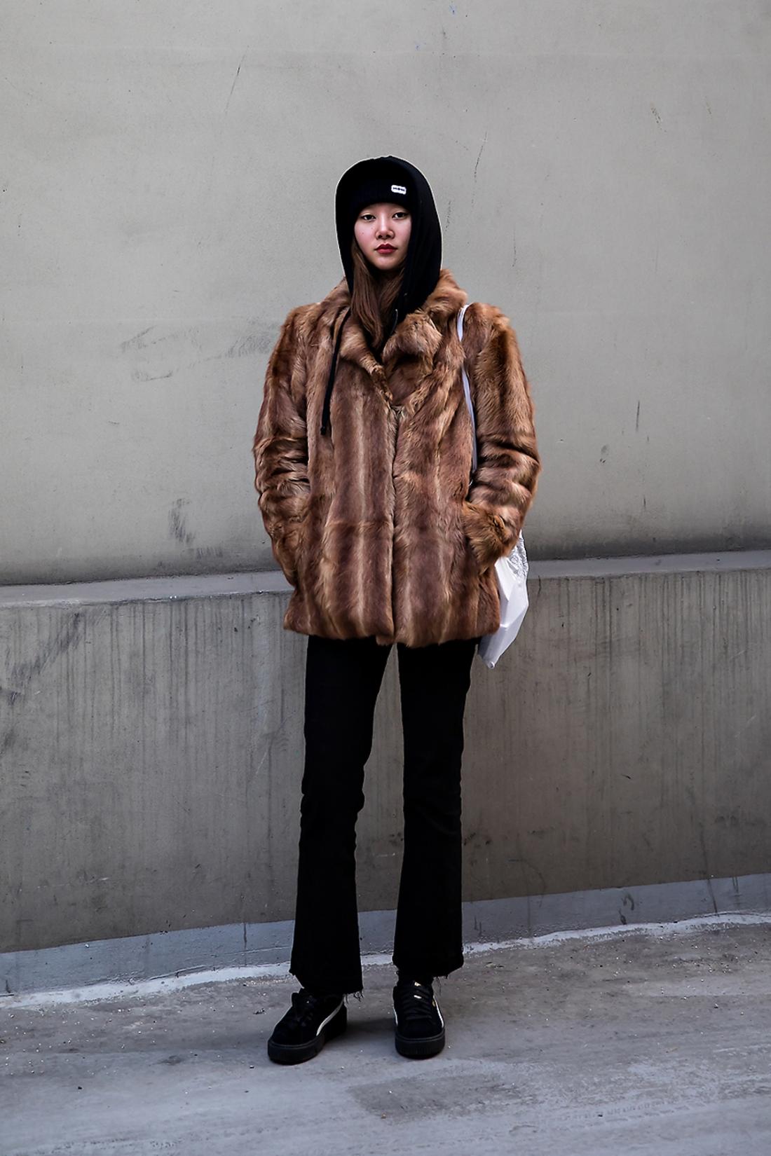 Yeo Yeonhee, Street Fashion 2017 in SEOUL.jpg