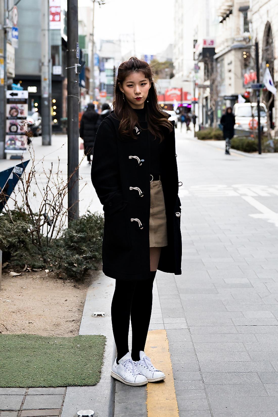 Yoo Heekyung, Street Fashion 2017 in SEOUL.jpg