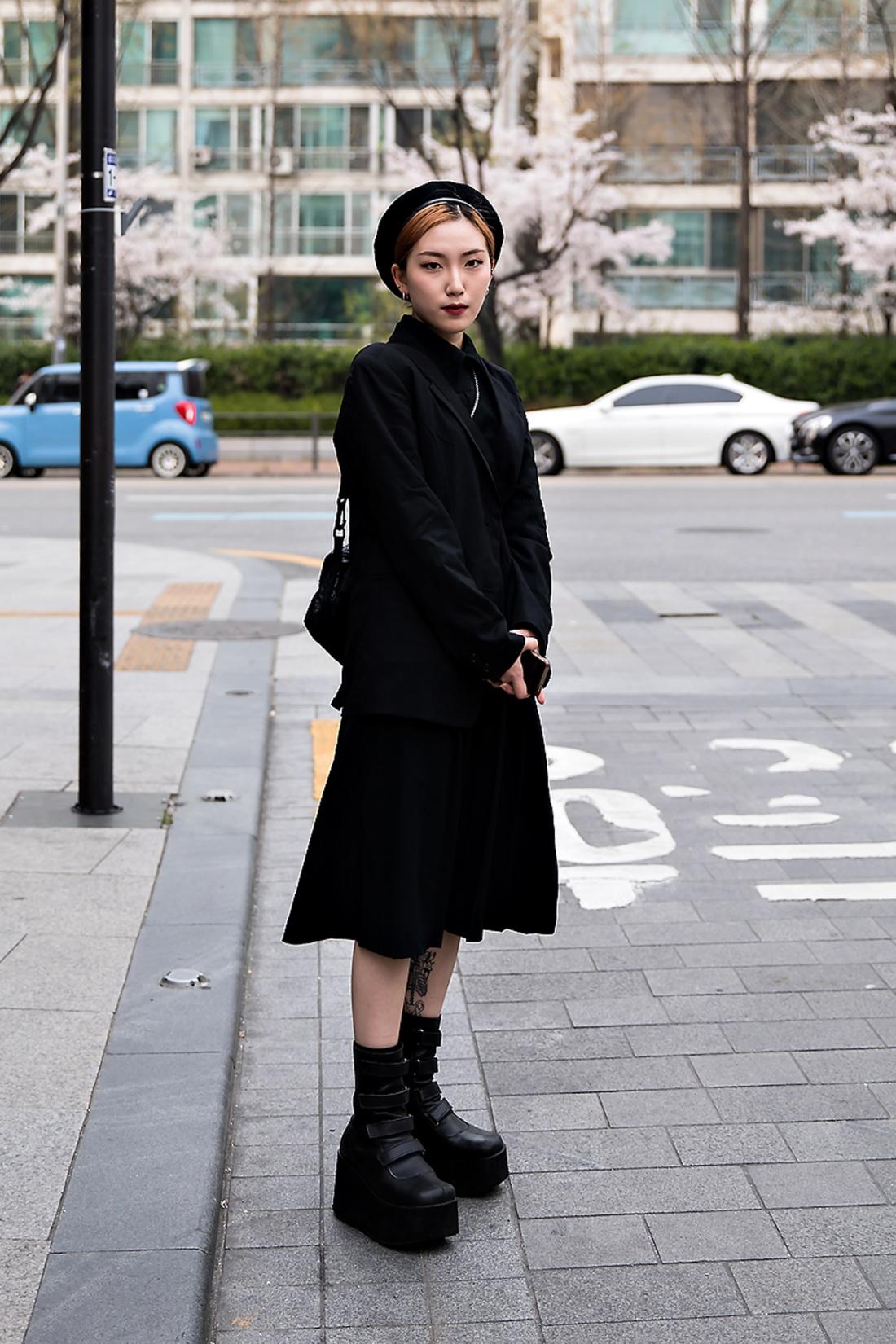 Lee Chaewoon, Street Fashion 2017 in Seoul.jpg