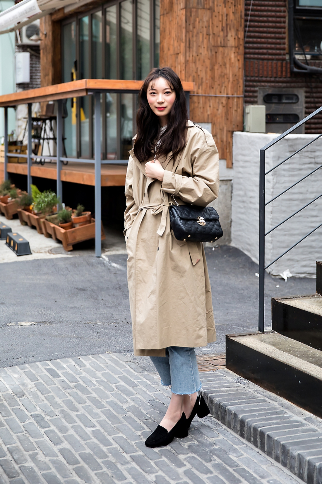 Park Soobin, Street Fashion 2017 in Seoul.jpg