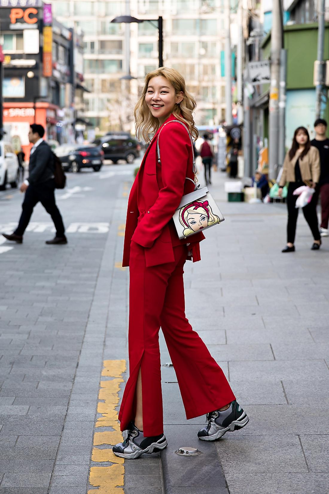 Song Haena, Street Fashion 2017 in Seoul.jpg