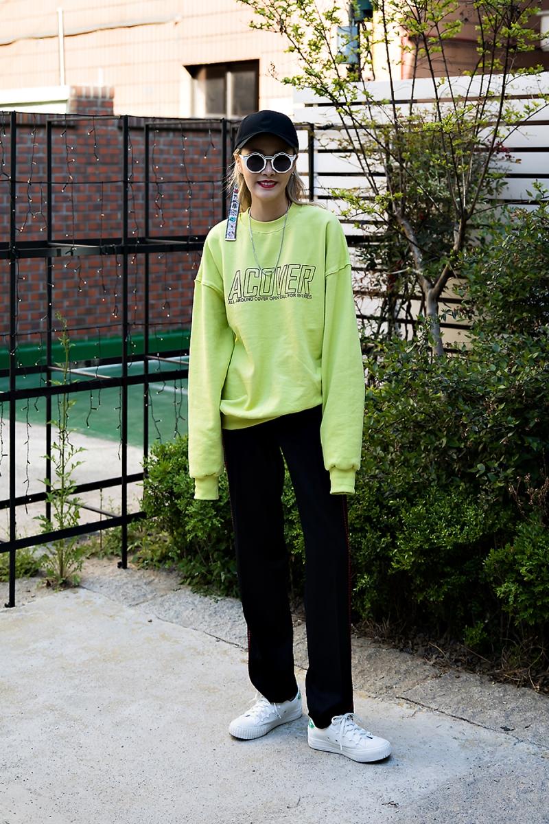 An Minyoung, Street Fashion 2017 in Seoul.jpg