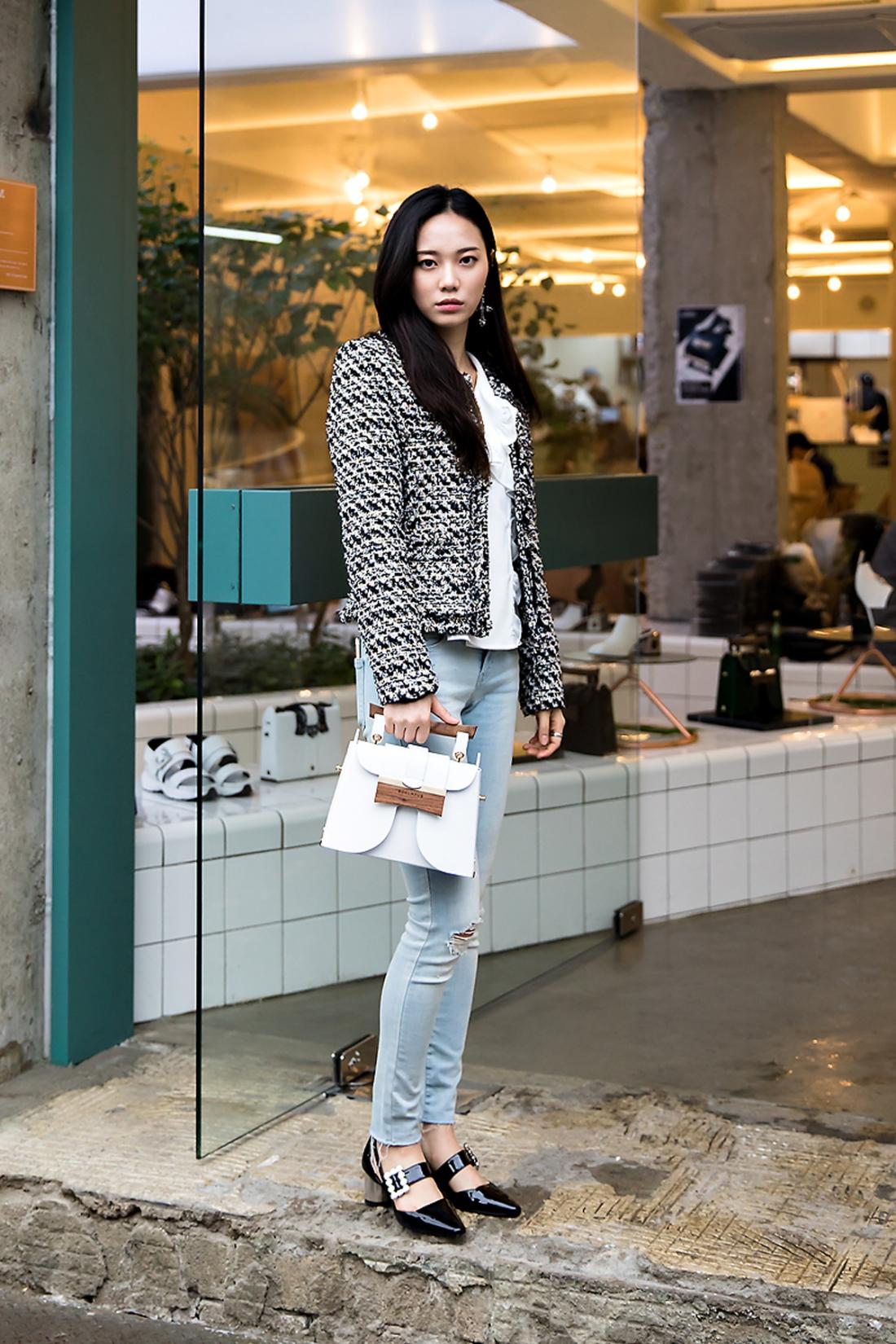 Choi Hyunjung, Street Fashion 2017 in Seoul.jpg