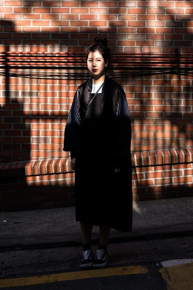 Choi Jiwon, Street Fashion 2017 in Seoul.jpg