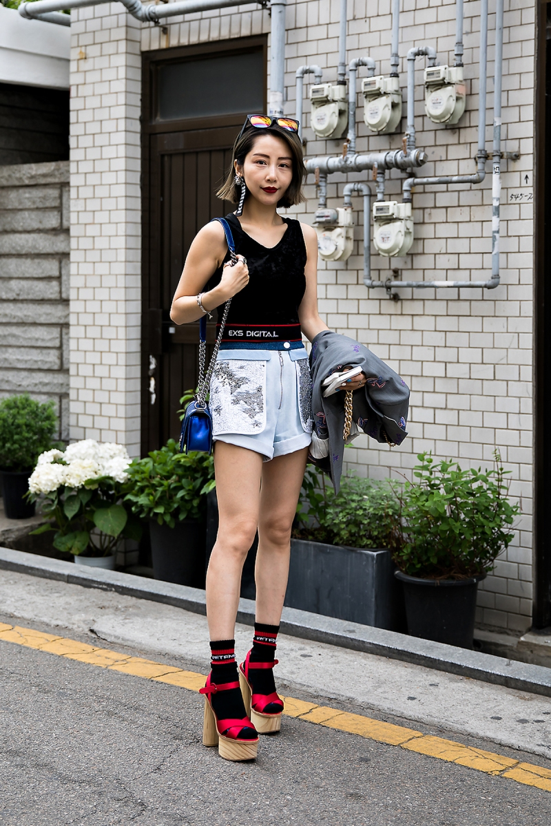 Duir, Street Fashion 2017 in Seoul.jpg