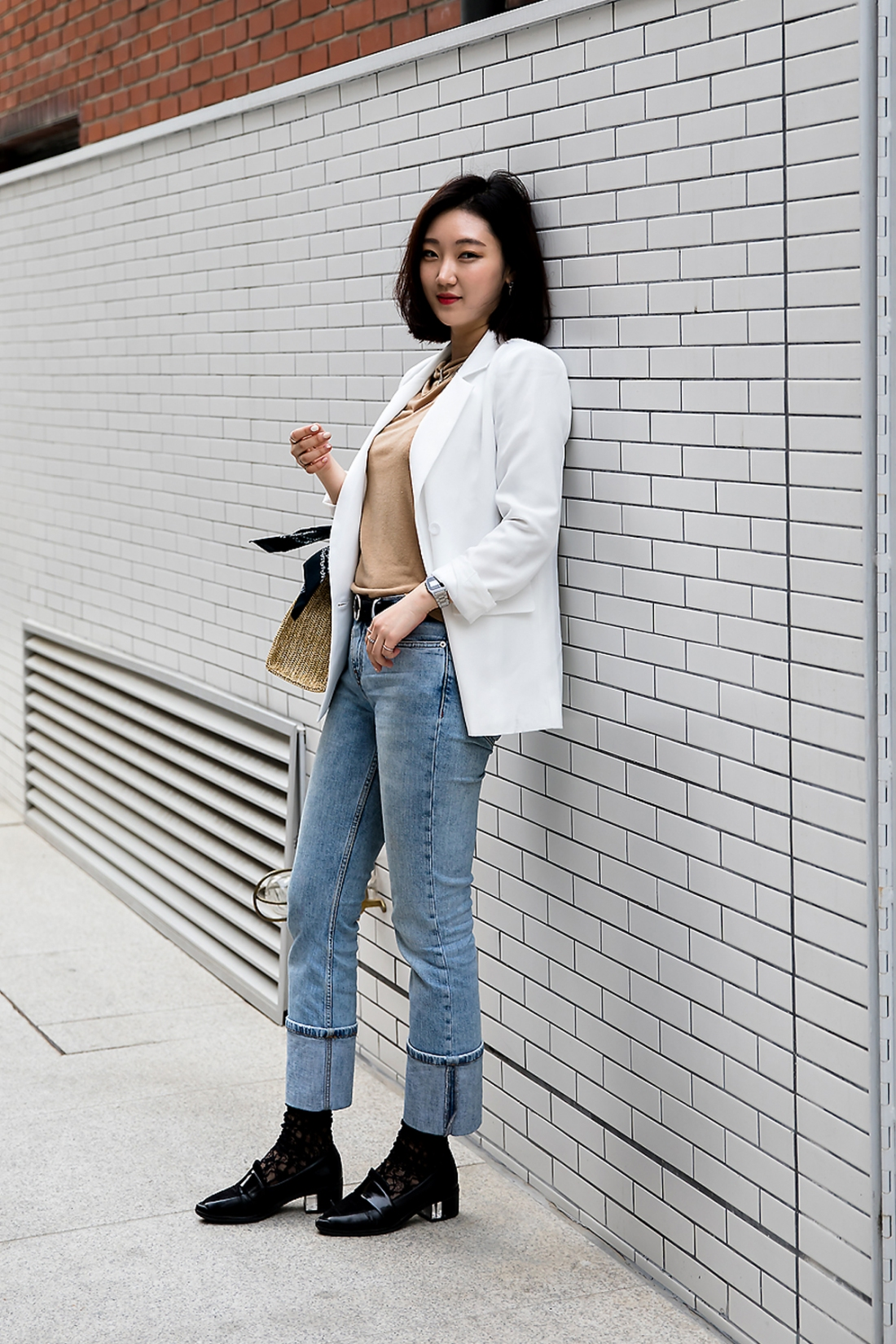 Jung Soojin, Street Fashion 2017 in Seoul.jpg
