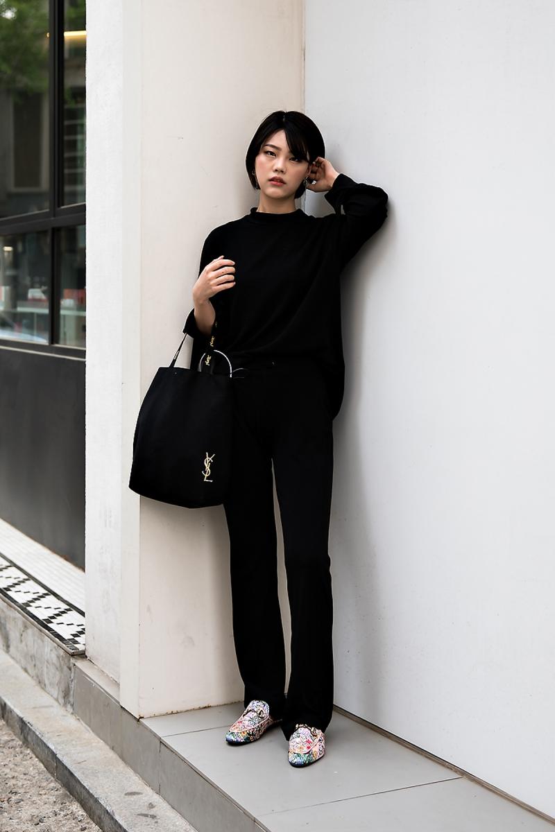 Kim Gyeoul, Street Fashion 2017 in Seoul.jpg