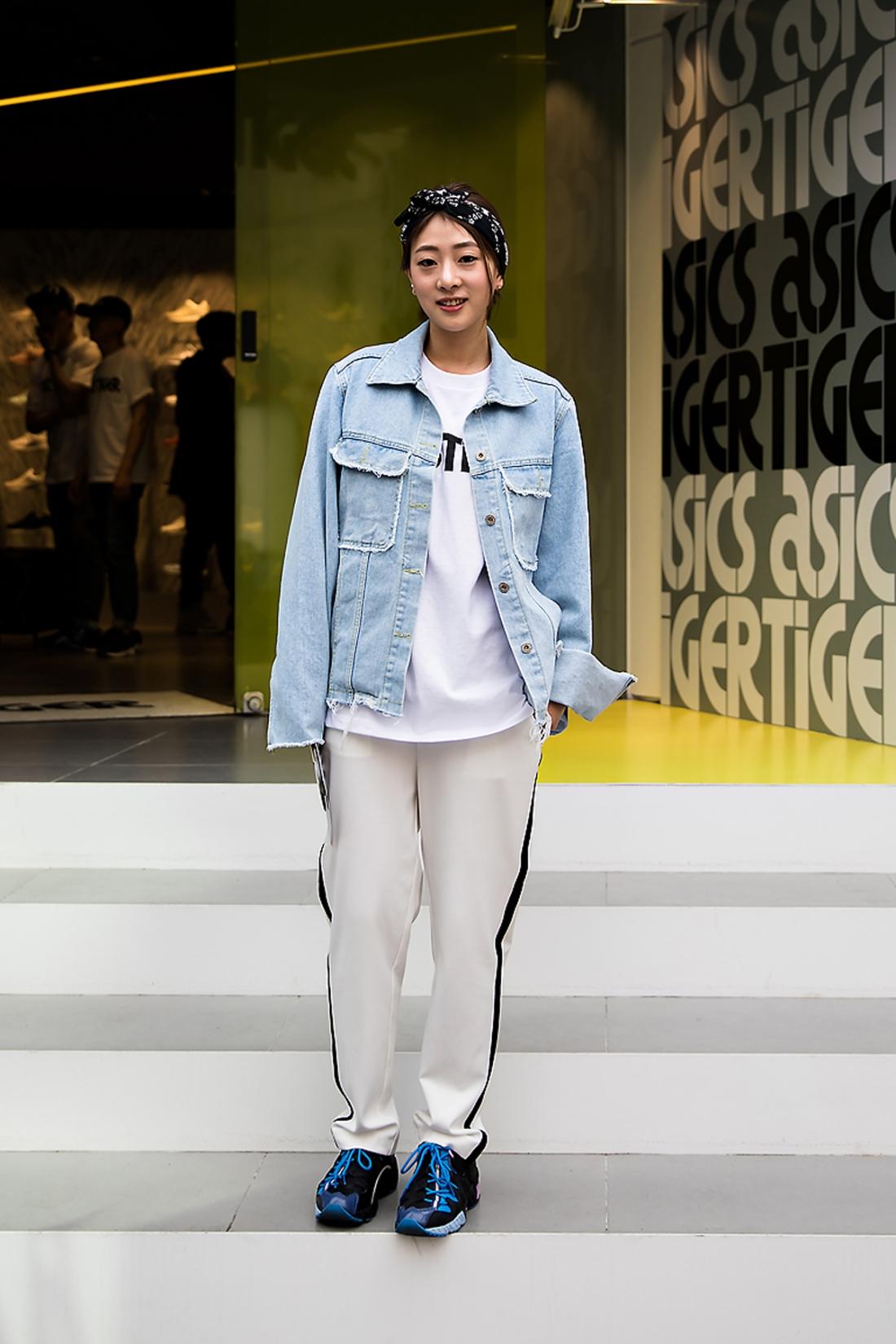 Kwak Minji, Street Fashion 2017 in Seoul.jpg