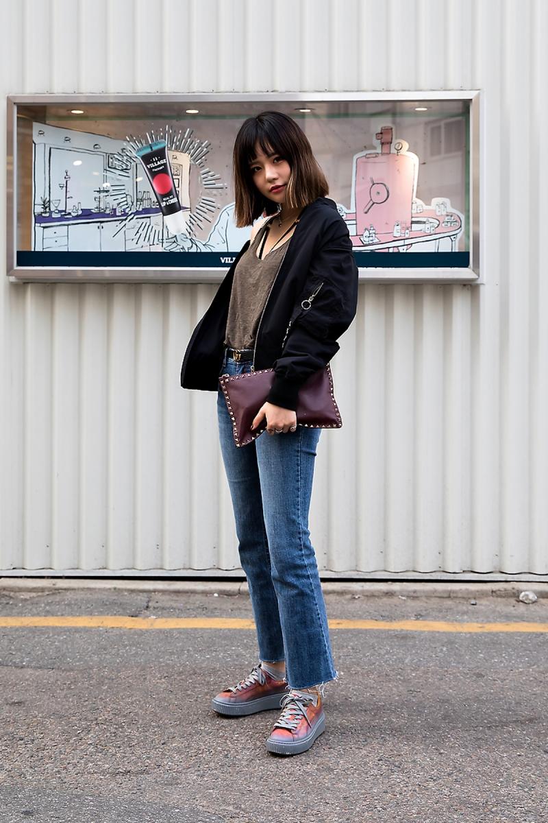 Lee Jua, Street Fashion 2017 in Seoul.jpg
