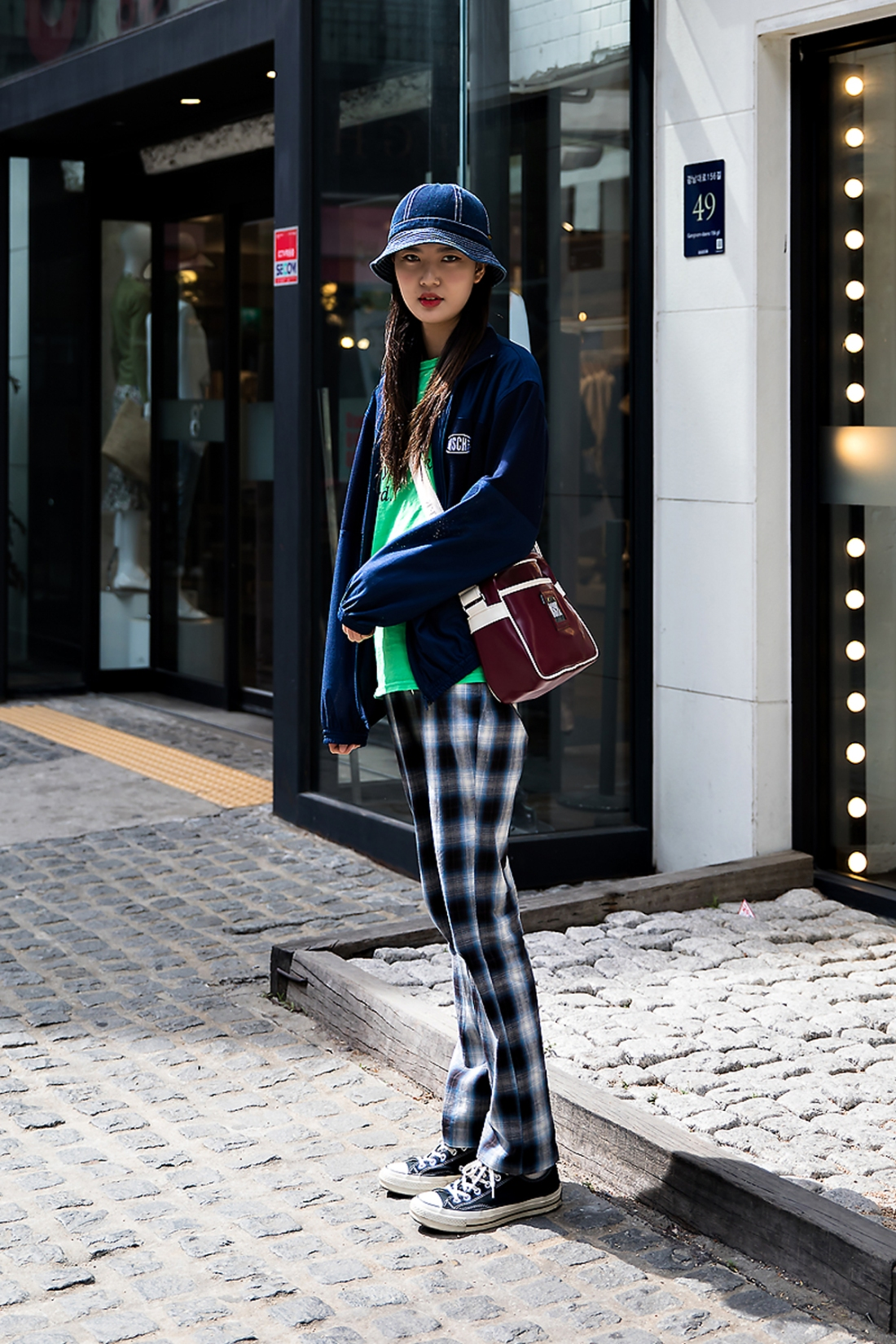 Lee Songhee, Street Fashion 2017 in Seoul.jpg