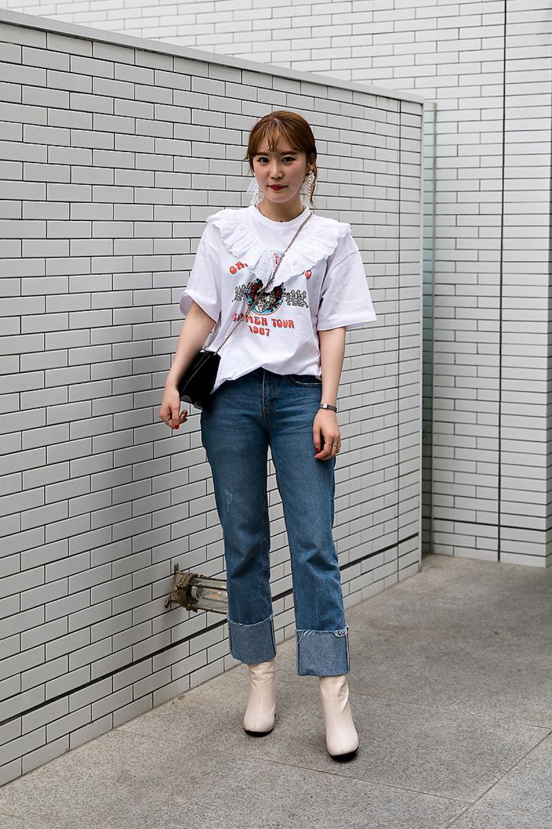 Lee Yuna, Street Fashion 2017 in Seoul.jpg