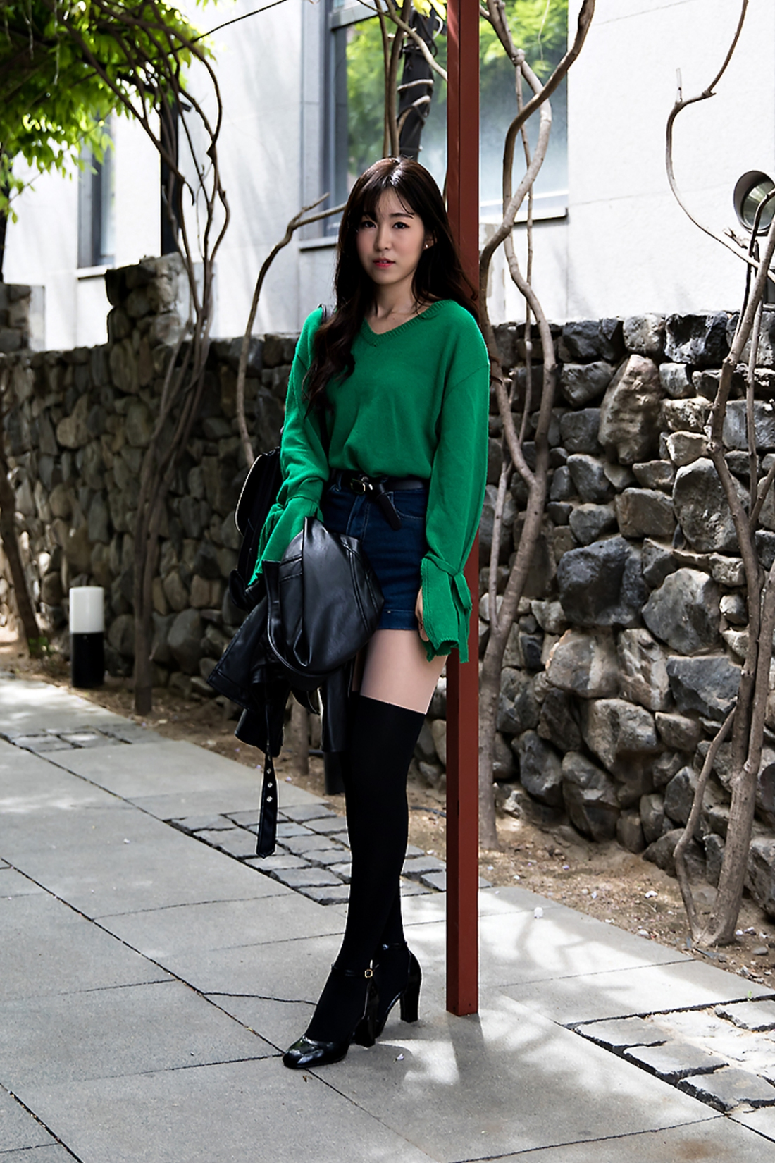 Park Hyemi, Street Fashion 2017 in Seoul.jpg