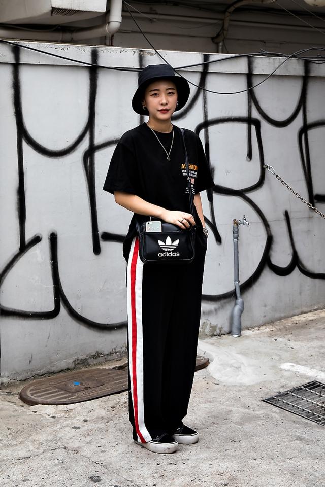Choi Jisun, Street Fashion 2017 in Seoul.jpg
