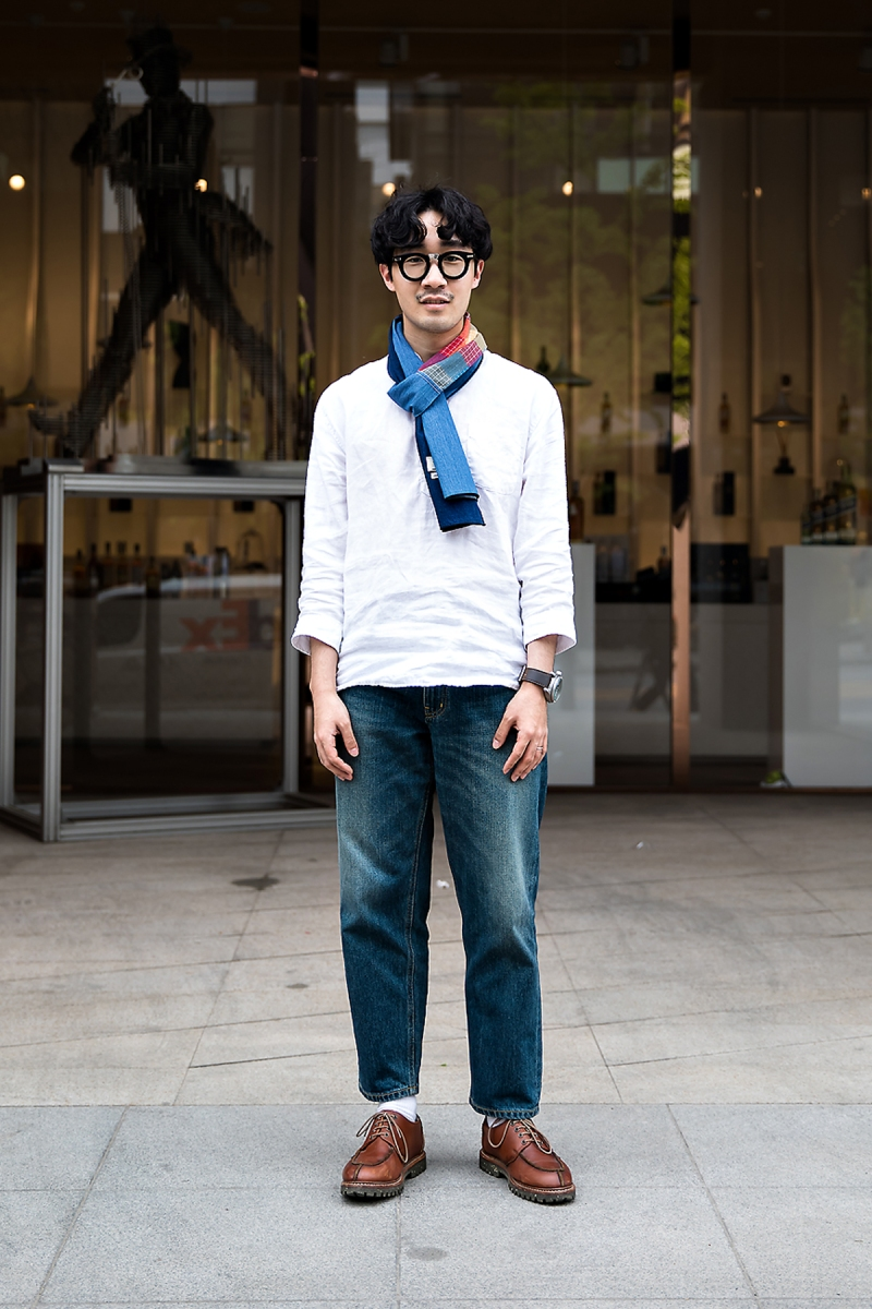Joo Hyokyung, Street Fashion 2017 in Seoul.jpg