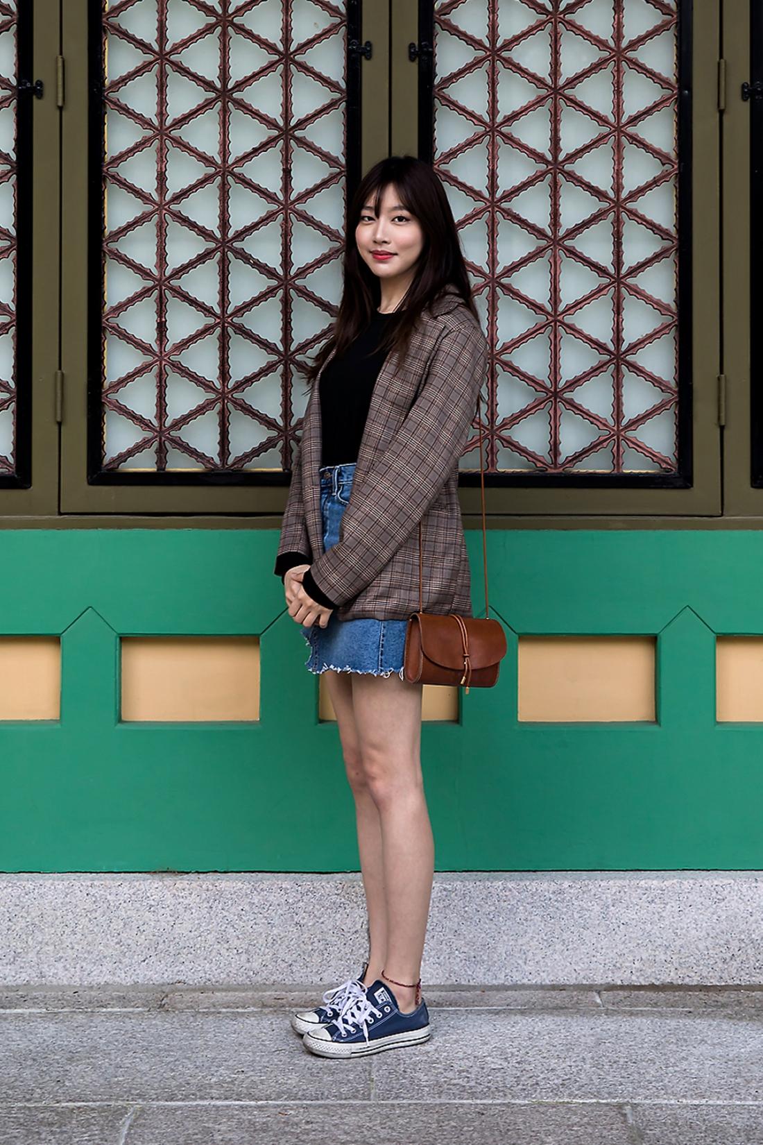 Lee Hana, Street Fashion 2017 in Seoul.jpg