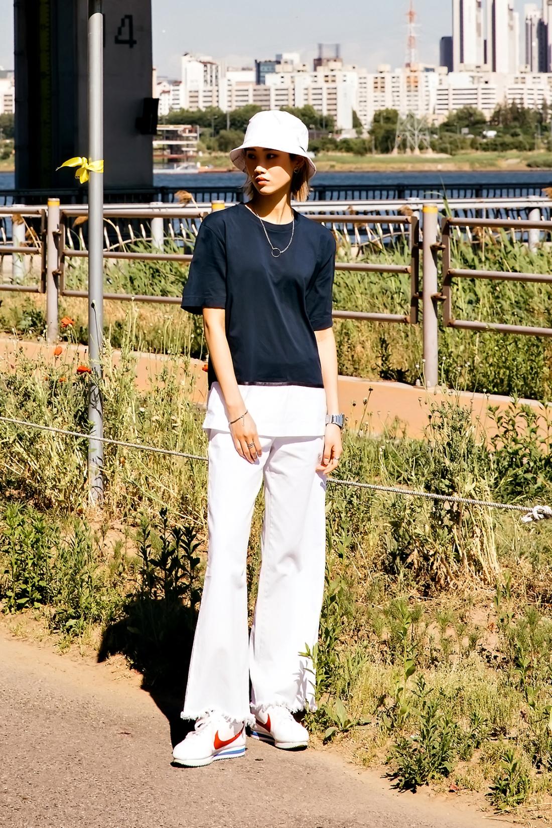 Park Jiae, Street Fashion 2017 in Seoul.jpg