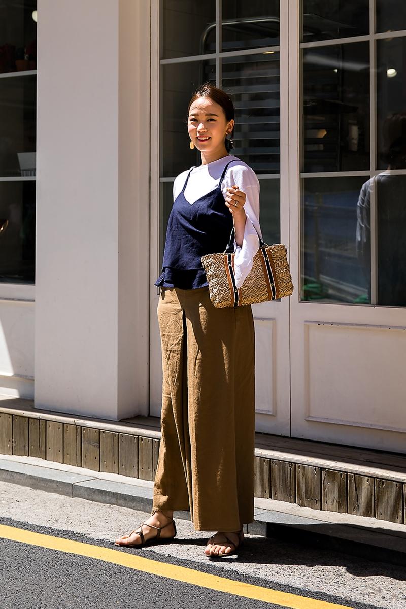 Yang Hanseul, Street Fashion 2017 in Seoul.jpg
