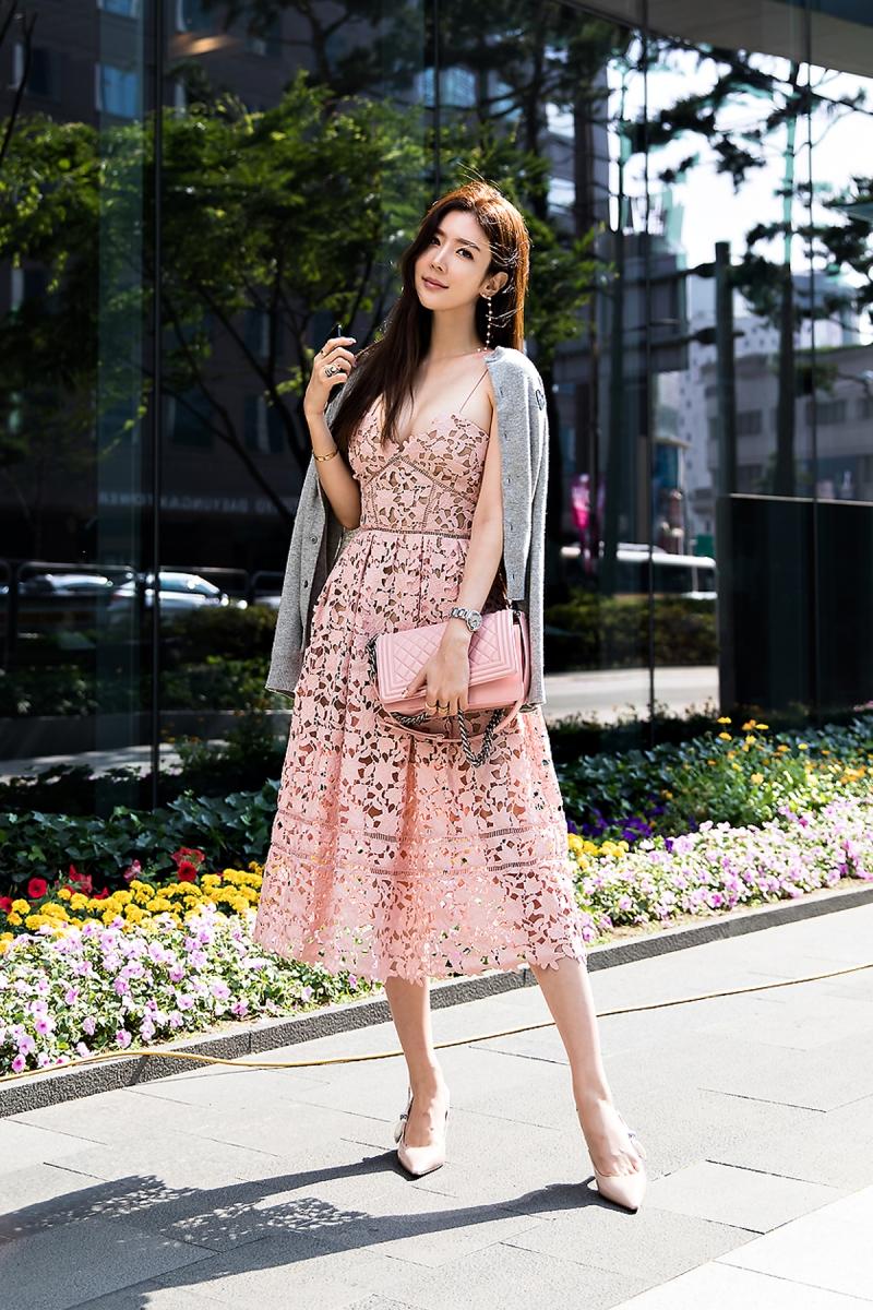 Choi Yujin, Street Fashion 2017 in Seoul.jpg