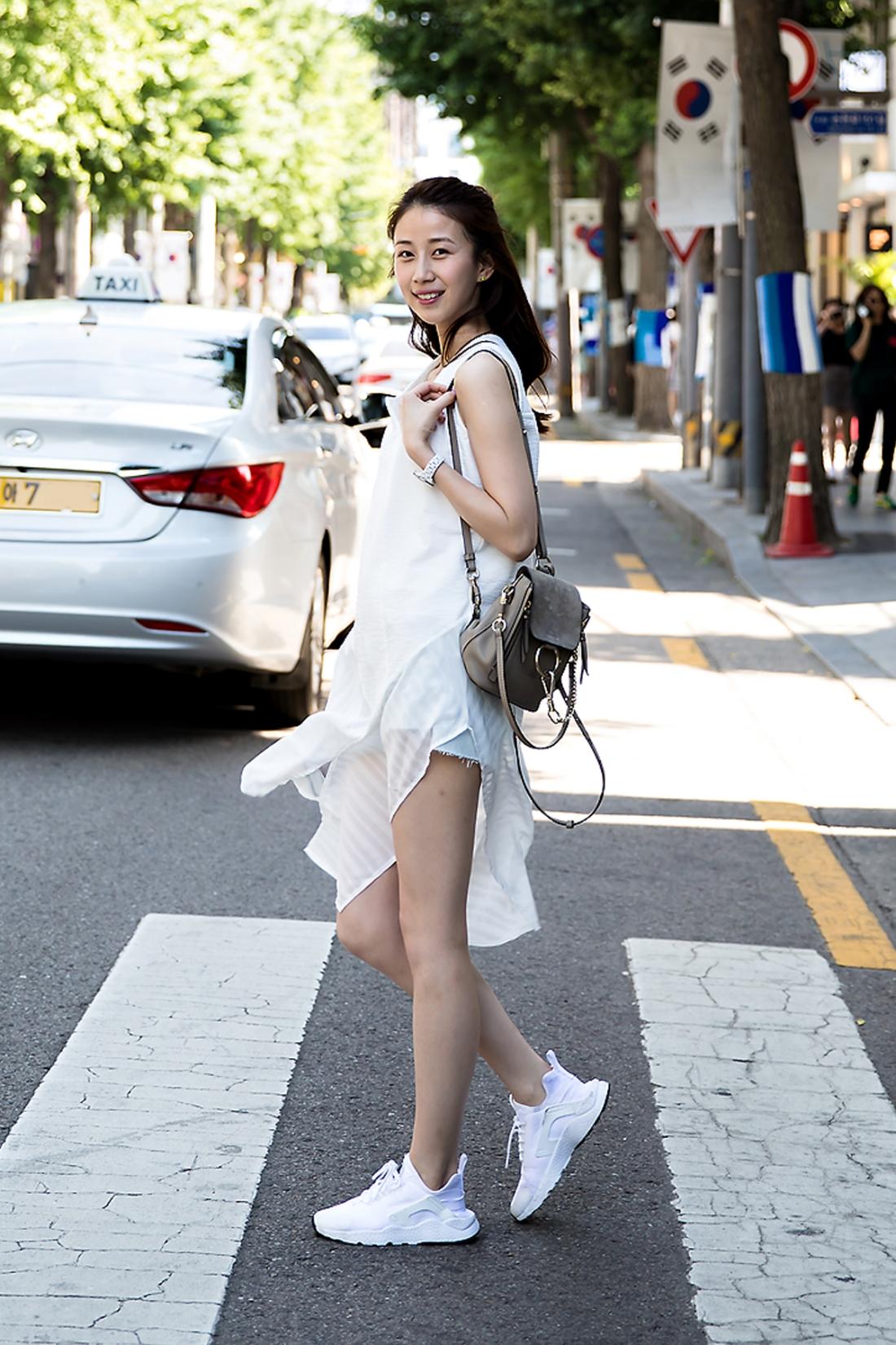 Elsa Lu, Street Fashion 2017 in Seoul.jpg
