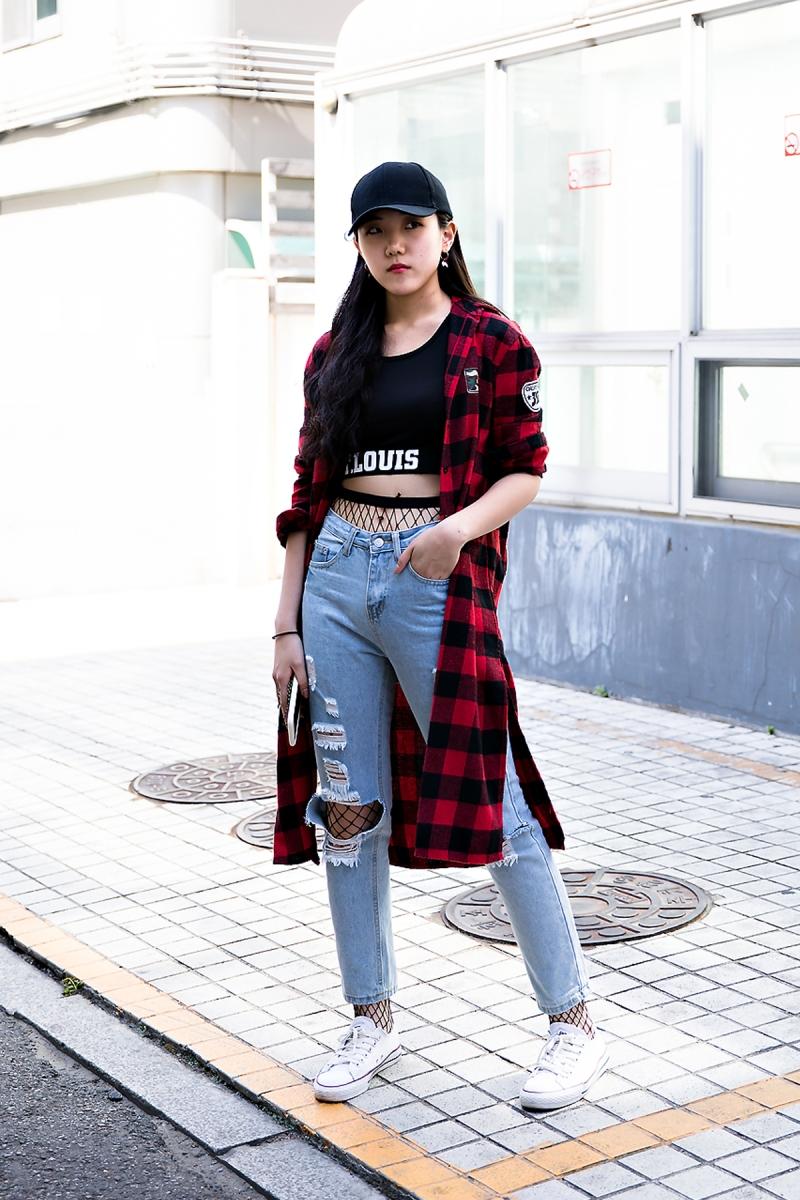 Kim Dain, Street Fashion 2017 in Seoul.jpg