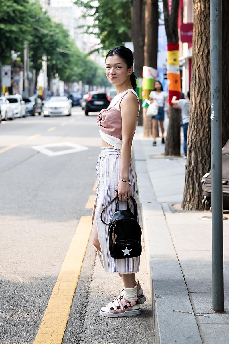 Yami, Street Fashion 2017 in Seoul.jpg