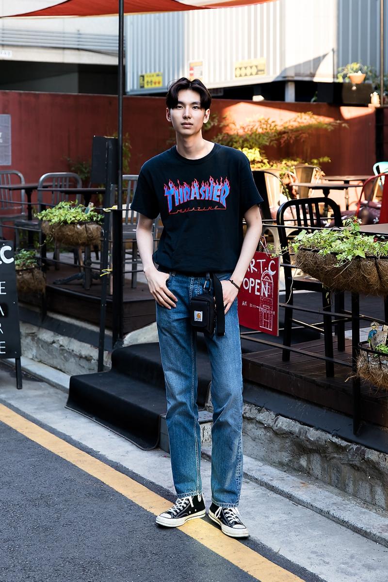 Kang Wonjae, Street Fashion 2017 in Seoul.jpg