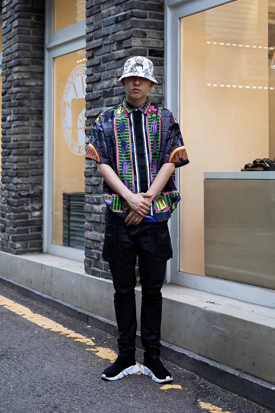 Si On, Street Fashion 2017 in Seoul.jpg