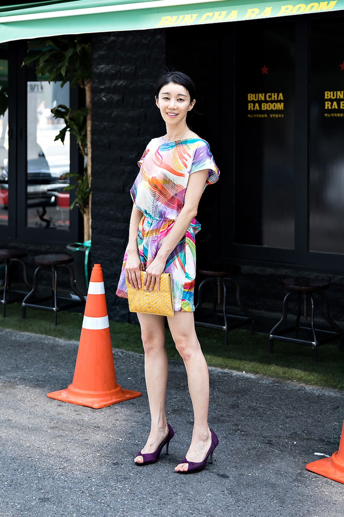 Yoo Minju, Street Fashion 2017 in Seoul.jpg