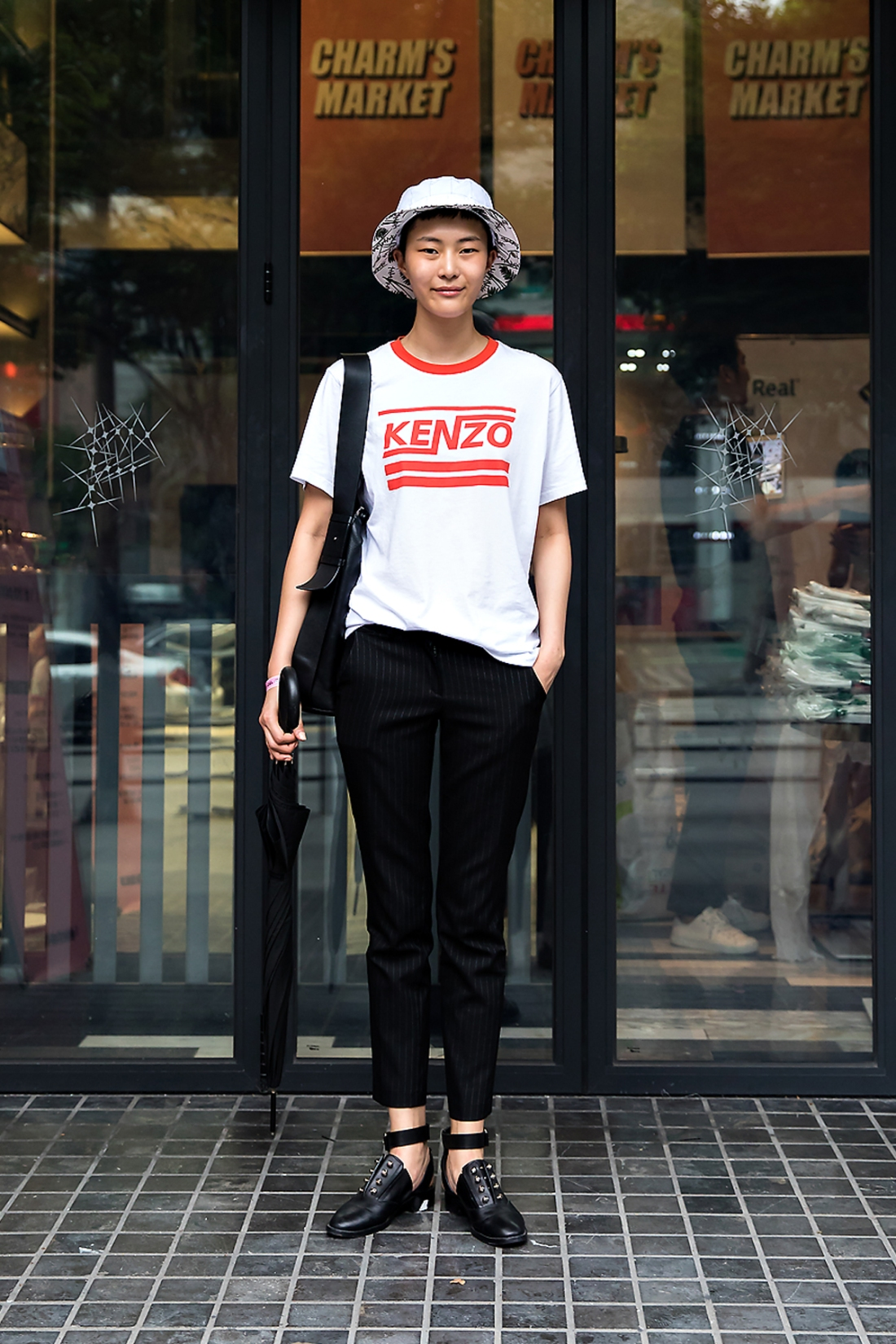 Jung Sohyun, Street Fashion 2017 in Seoul.jpg