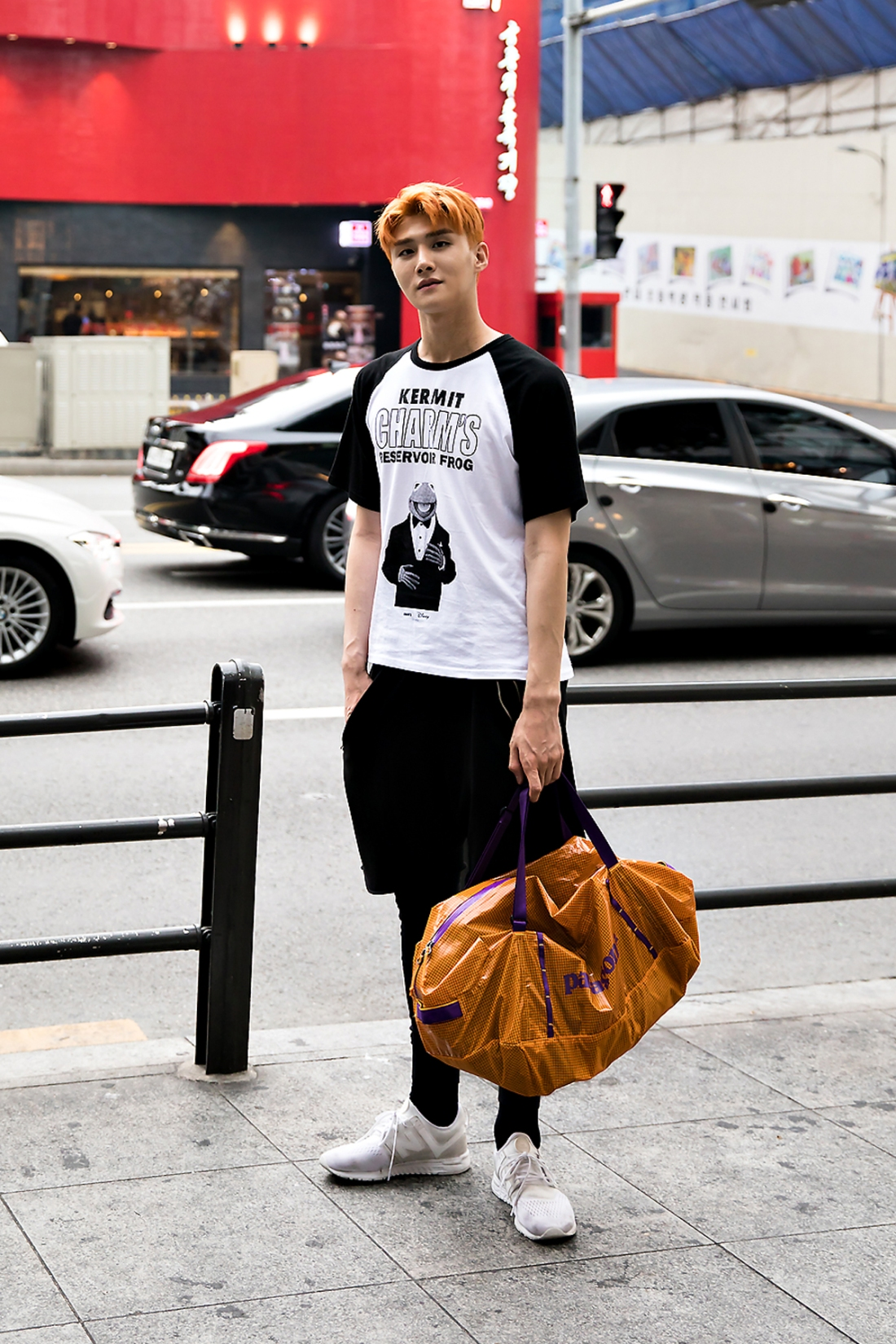 Shin Jaehyuk, Street Fashion 2017 in Seoul.jpg